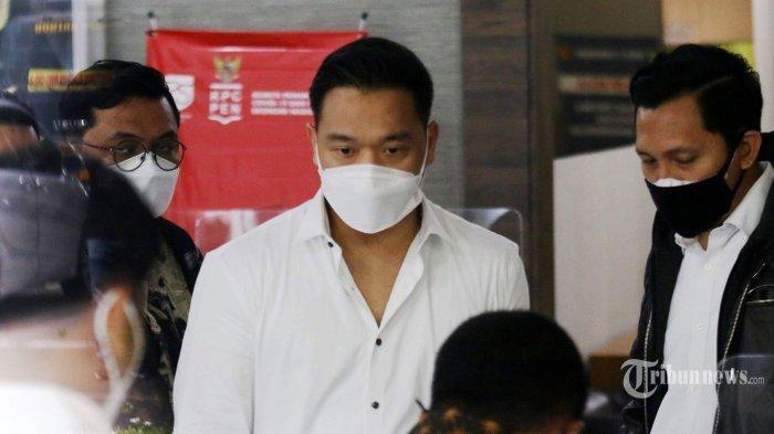 Meski Jadi Tersangka Kasus Video Syur Bersama Gisel, Michael Yukinobu Tak Ditahan Karena Ini