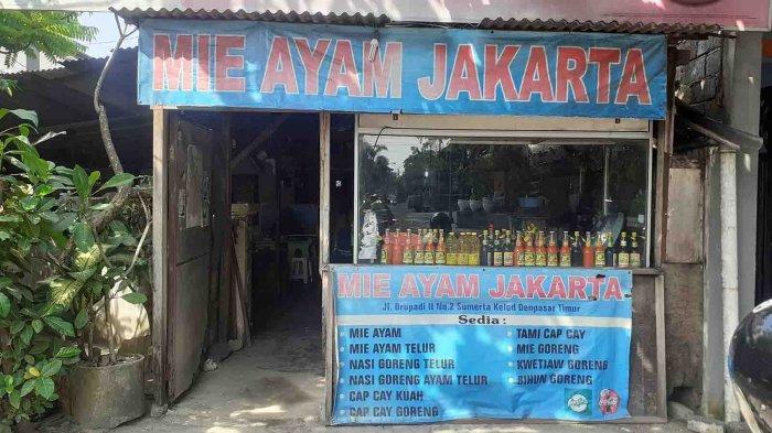 Mie Ayam Jakarta di jalan Drupadi