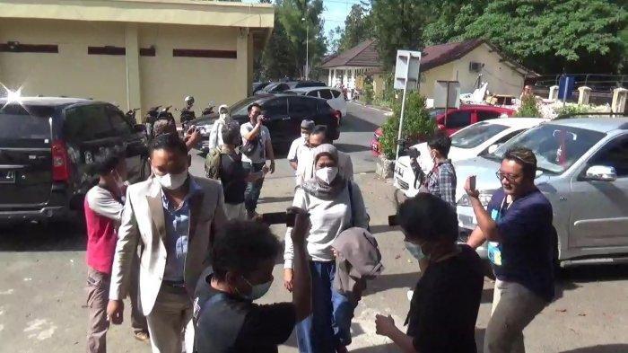 TEKA-TEKI Pembunuhan di Subang: Urusan Asmara Menyeruak, Yoris dan Kuasa Hukum Yosef Ungkap Hal Ini