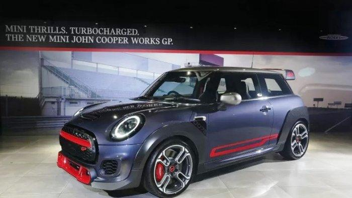 MINI John Cooper Works GP Hanya 12 Unit di Indonesia, 100 km/jam dalam 5.2 detik, Ini Spesifikasinya