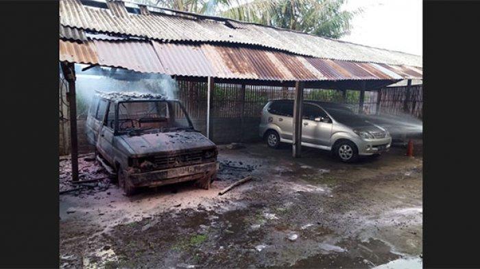 Mobil Kijang Terbakar di Batubulan Gianyar, Ternyata Baru Selesai Dicat Total
