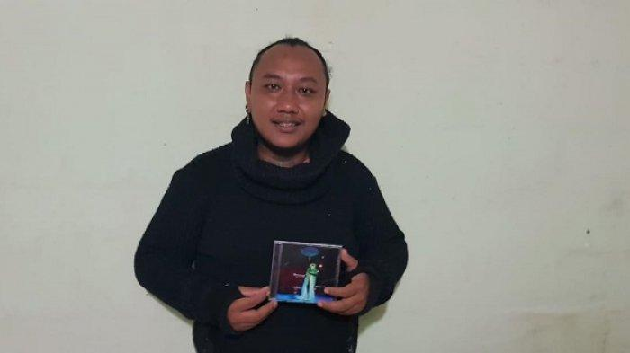 Moch Satrio Welang Luncurkan Album Musikalisasi Puisi Danumaya, Lahir Saat Bekerja di Kapal Pesiar