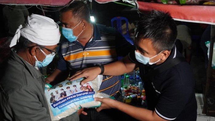 Pemkab Jembrana Mendapatkan 4,25 Ton Beras CSR, Disalurkan ke Pedagang yang Terdampak PPKM Darurat
