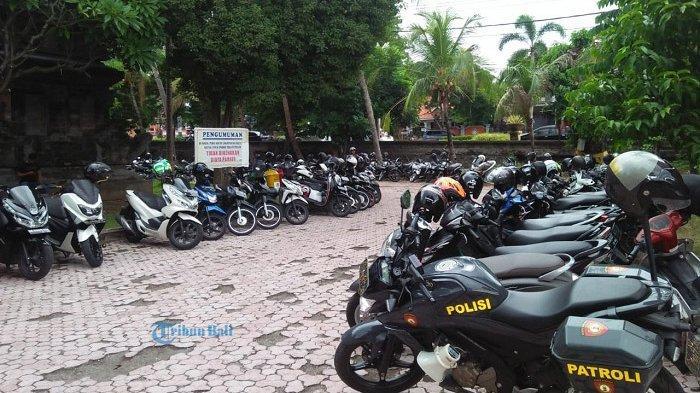 Parkir Sempit, Polres Buleleng Pinjam Lahan di Pura Jagatnata