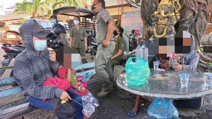 Dihantam Pandemi, Mira Wati Pemilik Spa di Kuta Bali Kini Terpaksa Mengemis Sambil Jual Tisu