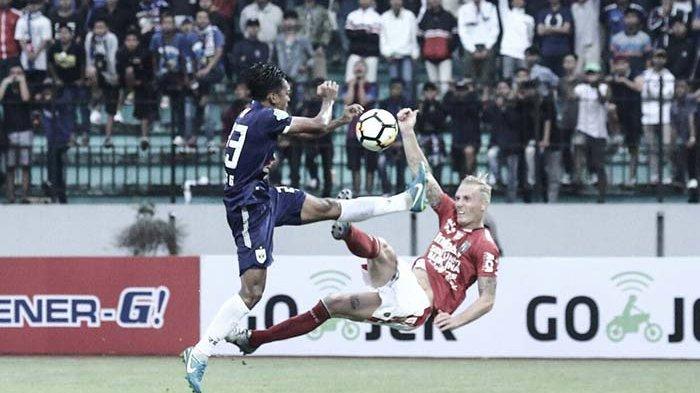 Meski Sudah Bukan Lagi Pemain Bali United, Kedatangan VDV ke Bali Disambut Gembira Netizen Dan Fans