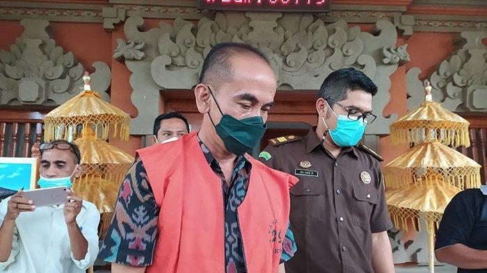 UPDATE Kasus Mark-up Hibah Pariwisata di Buleleng: Usai Diperiksa 7 Jam, Nyoman GG Langsung Ditahan