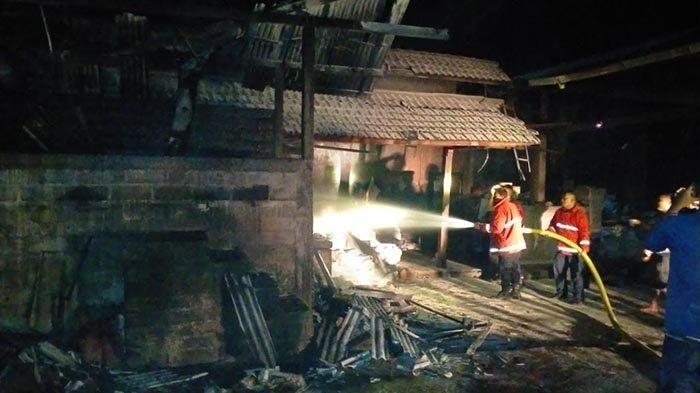 Gudang Oven Kelapa Dilalap Si Jago Merah di Jembrana Bali