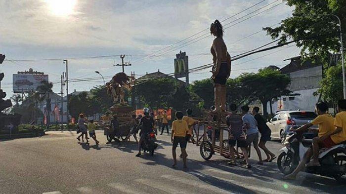 Viral Sekelompok Pemuda Arak Ogoh-Ogoh di Gatsu Denpasar, Satpol PP Buka Suara