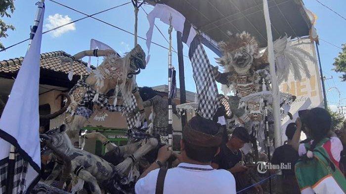 Bayar Kekecewaan Pemuda Bali, Koster Akan Gelar Festival Ogoh-Ogoh di Hari Jadi Pemprov Bali