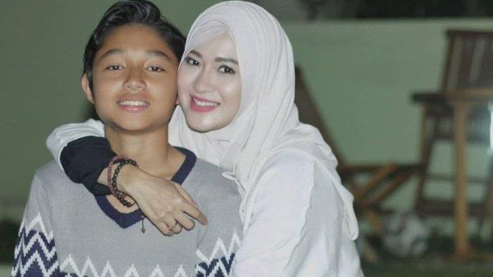 Kiesha Alvaro Ulang Tahun yang Ke-17, Okie Agustina: Jangan Terlalu Cepet Gede Kak