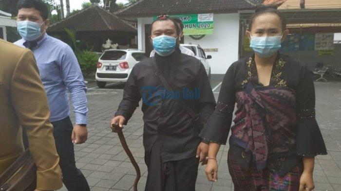 Didampingi Pengacara, Oknum Sulinggih di Bali yang Jadi Tersangka Dugaan Pencabulan Pilih Diam