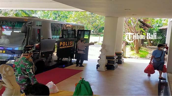 Satgas Covid-19 Klungkung Bujuk OTG untuk Bersedia Menjalani Isolasi Terpusat di Hotel