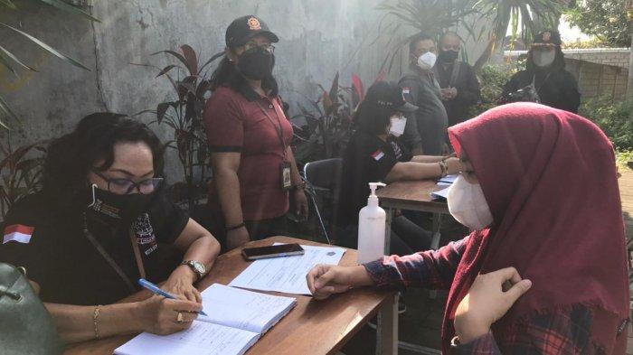 Sebanyak 8 Pelangar Terjaring Operasi PPKM Level 4 di Panjer Denpasar