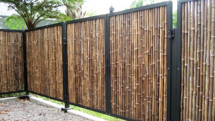 Pagar Alam Dari Material Bambu Tribun Bali