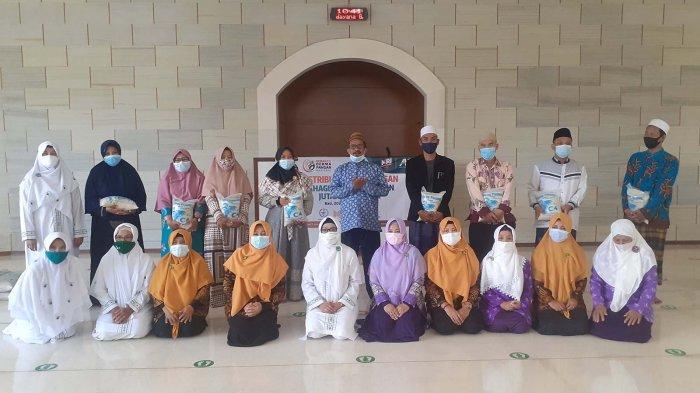 Paket Pangan untuk 350 Guru Ngaji di Denpasar Bali, Margianto: Guru Ngaji Juga Butuh Perhatian