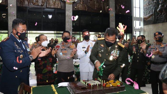 HUT TNI Ke-76, Pangdam IX/Udayana: Semoga Lebih Baik
