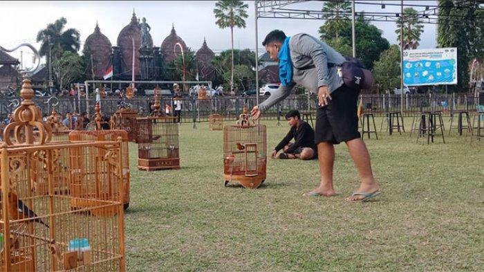 Ratusan Penghobi Burung Kicau Ikuti Lomba di Kapten Mudita Bangli