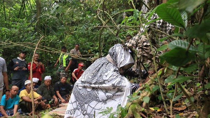 Pimpinan OPD Diajak Berkunjung ke Lokasi Angker, Perkenalkan Potensi Wisata Goa Panji Landung