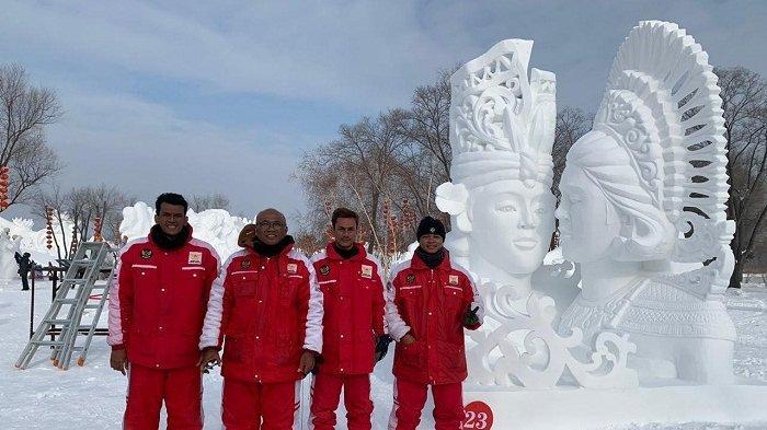 Gabungan Seniman Pecatu dan Ungasan Raih Juara Best Skill Pada Kompetisi Patung Salju Dunia