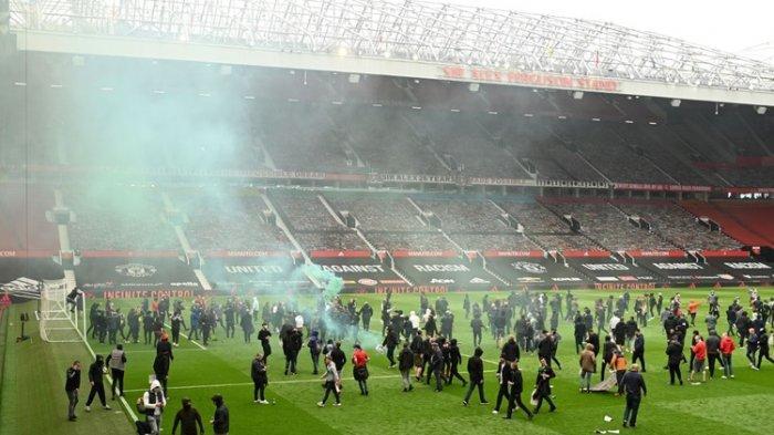 Hasil Liga Inggris: Man United Vs Liverpool Ditunda Akibat Aksi Protes, Man City Tunda Gelar Juara