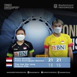 Rinov/Pitha berhasil mengalahkan wakil Belanda, Ties van der Lecq/Debora Jille, dalam dua gim langsung dengan skor 21-13 dan 21-15.