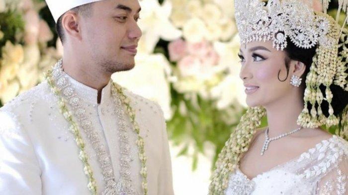 Zaskia Gotik Melahirkan Secara Prematur, Sang Suami Sirajuddin Mahmud Ungkap Kondisi Bayinya