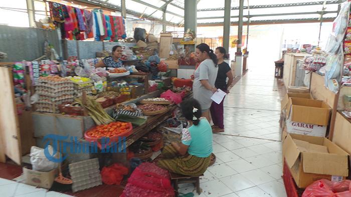 Pedagang di Pasar Rakyat Banjar Buleleng Rebutan Lapak karena Ini