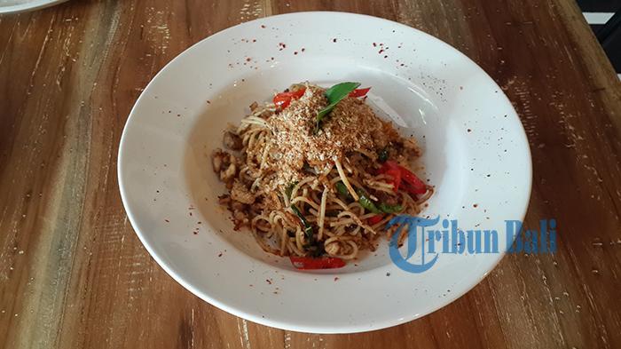 Tekstur Kenyal Pasta Classic Bolognese yang Menyentil Lidah Jadi Favorit di Dee's Food & Co