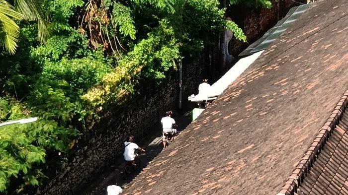 Siagakan 36 Personel, Satgas Pantai Kuta Bali  Atensi Khusus Tamu Hotel yang Ingin Main ke Pantai