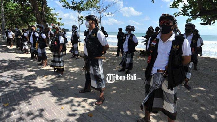 PPKM Darurat, Pantai Kuta Ditutup Sementara untuk Umum, Desa Adat Siagakan Personel