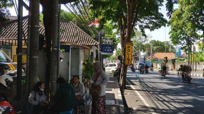 Untung Sedikit, Ketut Sukeni Setia Jadi Pedagang Emas Kaki Lima di Jalan Diponegoro, Ini Alasannya