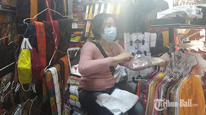 Tutup 10 Hari, Pedagang Pakaian di Pasar Badung Kembali Buka: Barang Dagangan Saya Dicari Tikus