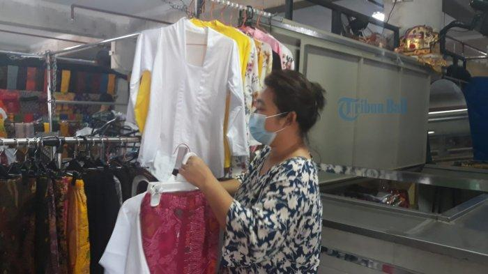 Pedagang Pasar Sektor Non Esensial Mulai Diizinkan Buka, Pedagang Pakaian di Pasar Badung Sumringah