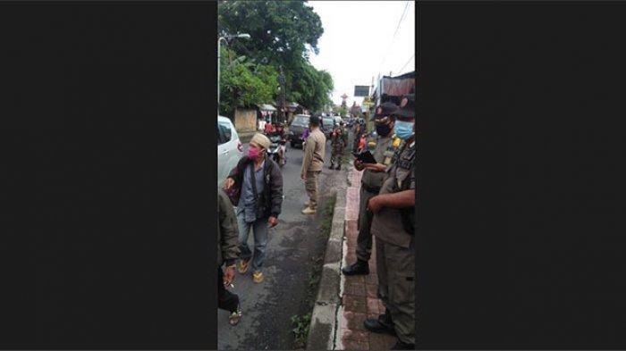 Tim Gabungan Gelar Razia Prokes di Kelurahan Padangsambian Denpasar Bali, 8 Orang Terjaring