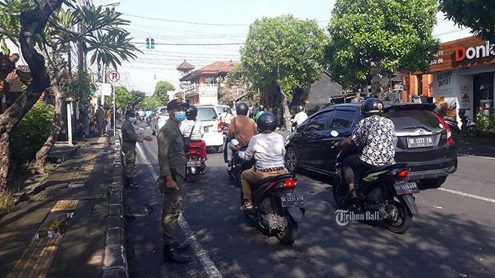 BREAKING NEWS: Hari Pertama PPKM Mikro di Denpasar, Satpol PP Sidak Masker di Sumerta Kelod