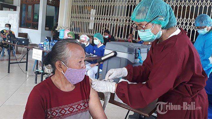 152 Ribu Warga Kota Denpasar Telah Terima Suntikan Vaksin Covid-19