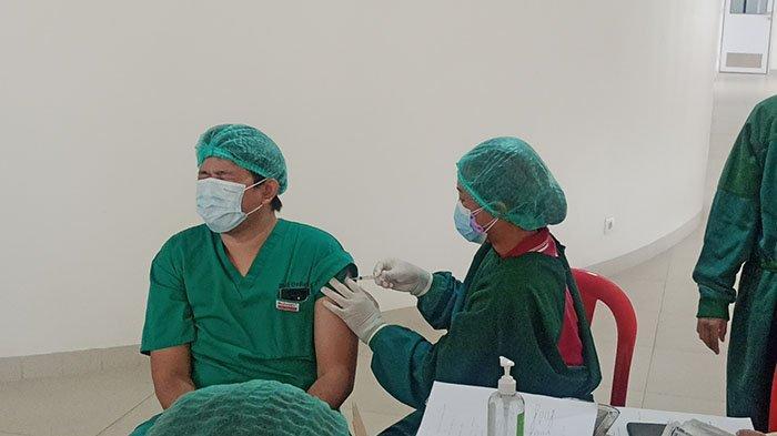 Plt Dirut RSD Mangusada Sebut Belum Semua Nakes di Badung Bisa Vaksin Dosis Ketiga, Ini Penyebabnya