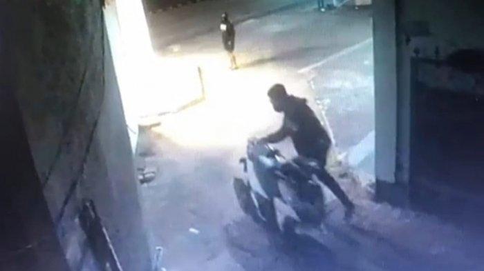 Viral, Pencuri Sepeda Motor Sasar Tempat Kos di Kuta Badung, Satu Motor Raib Dibawa Pelaku