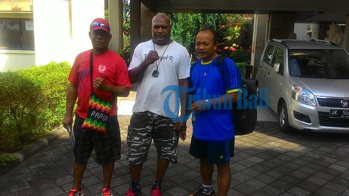 Pelatih Tinju PON Bali Senang Kedatangan Petinju Luar untuk Sparing Partner