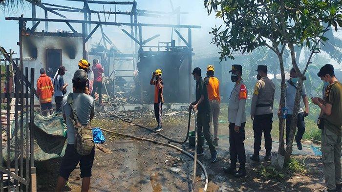 Bangunan Semi Permanen Pondok Santri di Lelateng Terbakar, Alami Kerugian Kurang Lebih Rp200 Juta