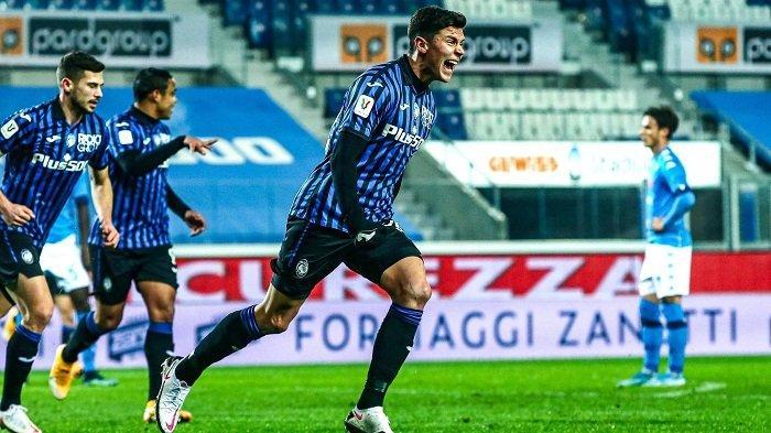 Pemain Atalanta Pessini selebrasi seusai menceploskan gol ke gawang Napoli di semifinal leg kedua Coppa Italia. Atas hasil ini, Atalanta akan melawan Juventus di final Coppa Italia, Kamis (11/2/2021).