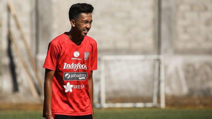 Bergabung dengan Bali United, Teco Nilai Kadek Dimas Harus Bisa Bersaing di Tim Senior
