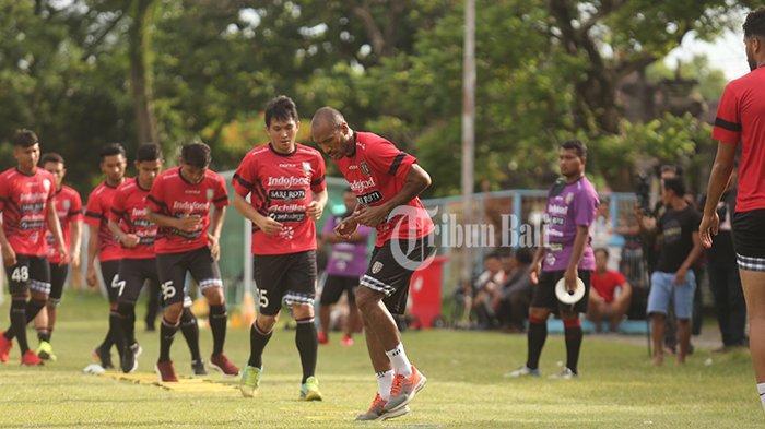 Perlengkapan Tim dan Pemain Bali United Sudah Tiba di Yogyakarta, Liga 1 Kembali Ditunda Sebulan