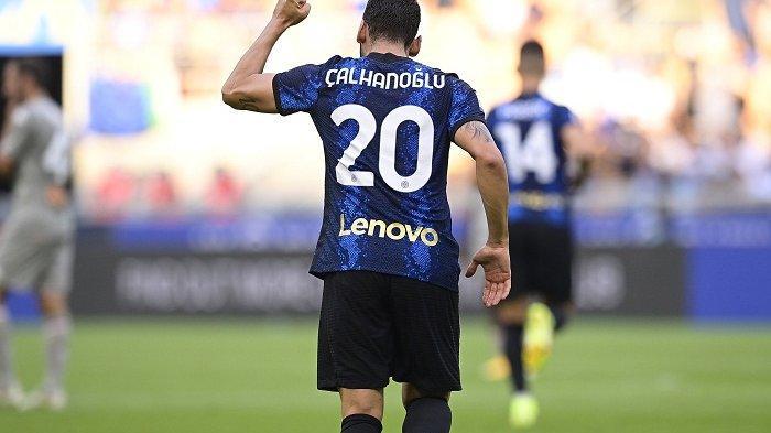 Hagan Kalhanoklu merayakan gol pertamanya ke gawang Genoa bersama Nerasuri pada Sabtu, 21 Agustus 2021 di Studio Giuseppe Mija.