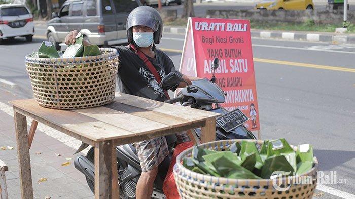 Oka Mantara dan Ayu Widiasari Gelar Urati Bali, Berbagi Nasi hingga Akhir Juli