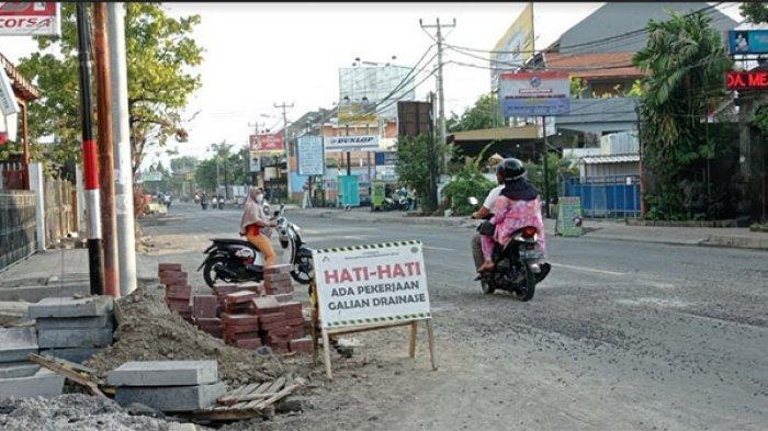Tangani Banjir di Wilayah Buleleng, Pusat Bangun Drainase hingga Sodetan di Tiga Ruas Jalan