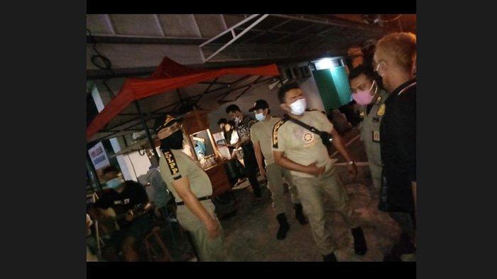 PKL Buka Lewati Jam Malam dan Timbulkan Kerumunan, Satpol PP Denpasar Lakukan Pembubaran