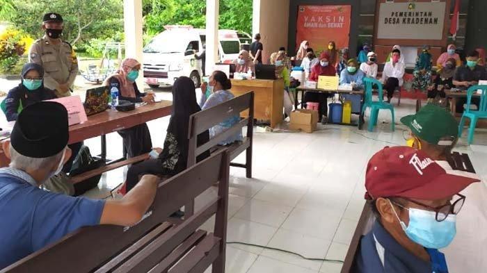 Percepat Vaksinasi Lansia, Bupati Ipuk Siapkan 45 Puskesmas di Banyuwangi, Cukup Tunjukkan KTP