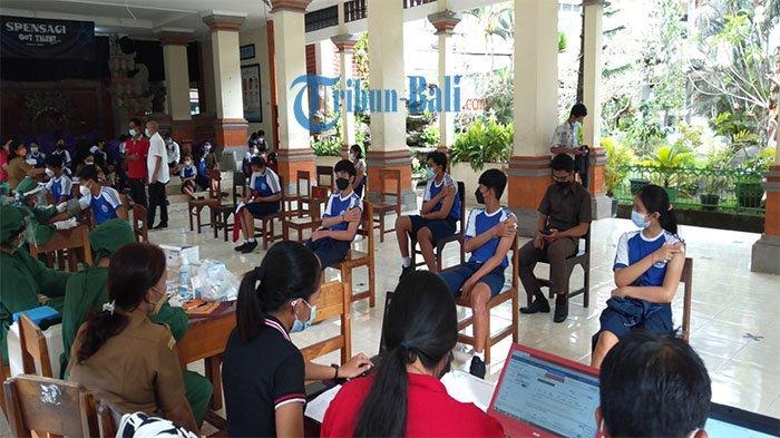 16 Persen Siswa SMPN 1 Gianyar Telah Divaksin, Hari Pertama Dipilih 200 Siswa